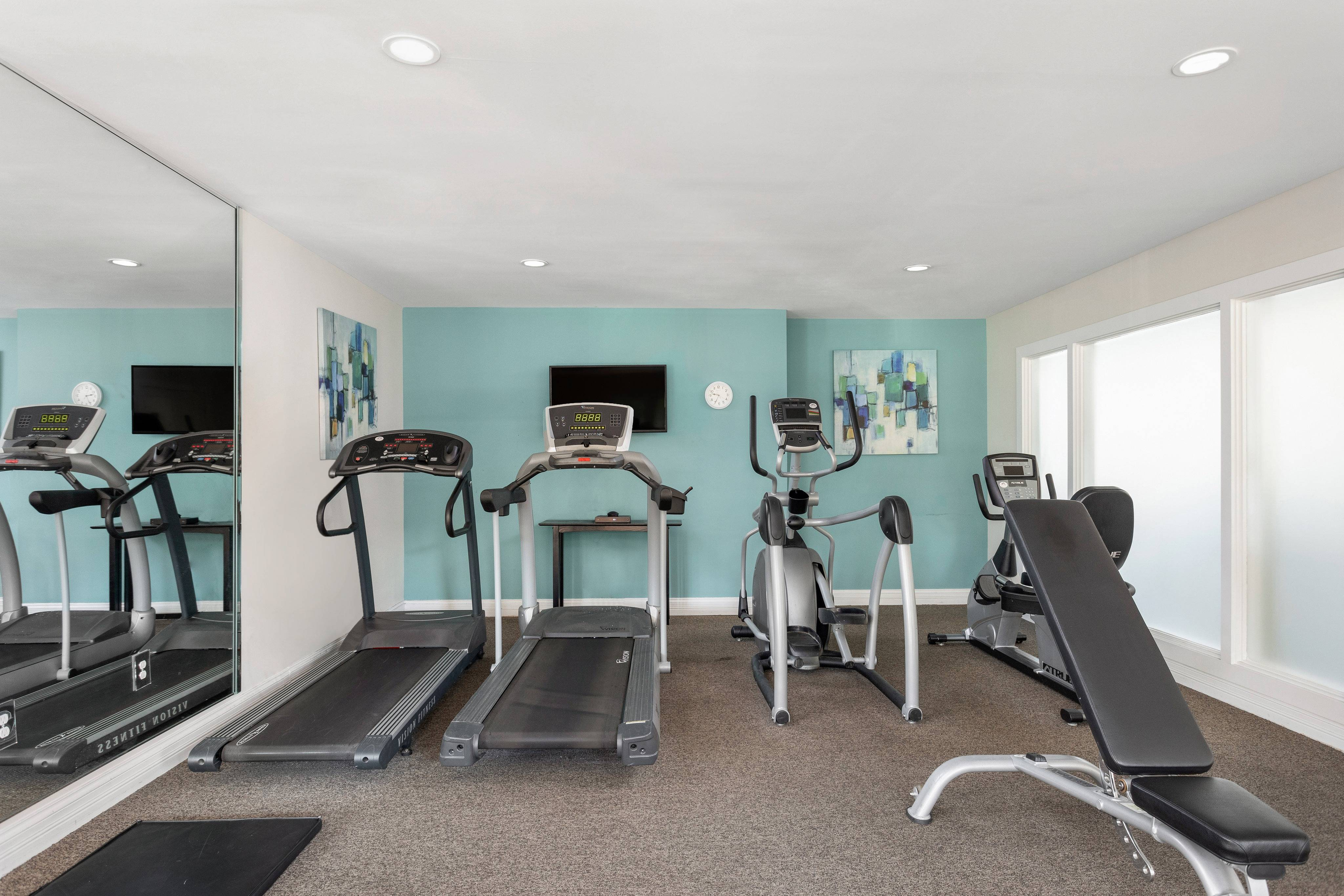 Fitness Center with Cardio and Free Weights